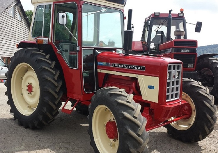 Ih 574 Tractor : International harvester wd q cab