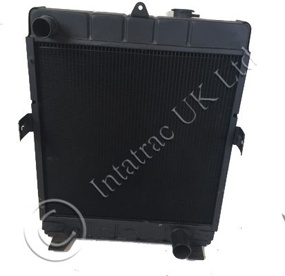 Radiator with extra wide core –3402589R1, 3402827R1 & 1334820C1 – Recon Exchange
